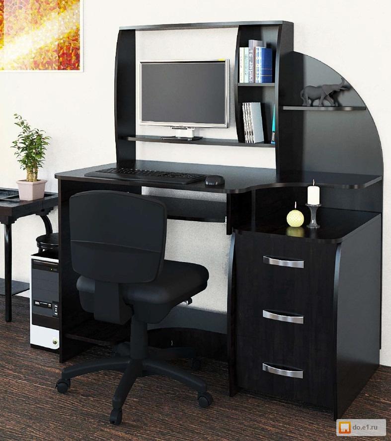 Продается компьютерный стол мини-офис.