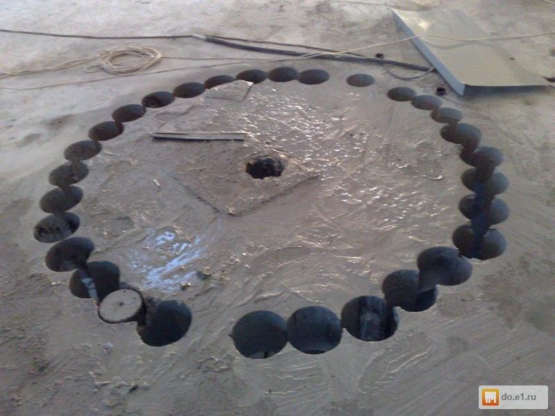 Как в бетонном кольце сделать отверстие под трубу