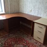 Эргономичный (угловой) стол с конференц приставкой и приставной тумбой, Екатеринбург