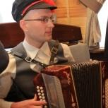 Поющий гармонист на праздники(гармонь+вокал), Екатеринбург