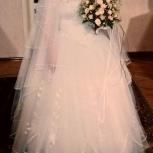 Свадебное платье, р 48-50 очень пышное, с вышивкой, Екатеринбург