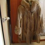 Продам красивую шубу с капюшоном из нутрии с отделкой из песца, Екатеринбург