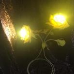 "Композиция из 3 роз, светильник ""Желтый Зефир"", Екатеринбург"