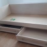 Кровать односпальная с 2 ящиками на колесиках с матрасом, Екатеринбург