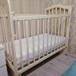 Продаю детскую кроватку с матрасиком,одеялом, балдахином и бортиками, Екатеринбург
