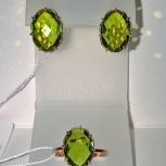 Серьги и кольцо серебро 925пр. позолоченные, камень Хризолит, новый, Екатеринбург