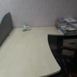 Продам 3 компьютерных стола+2 кресла, Екатеринбург
