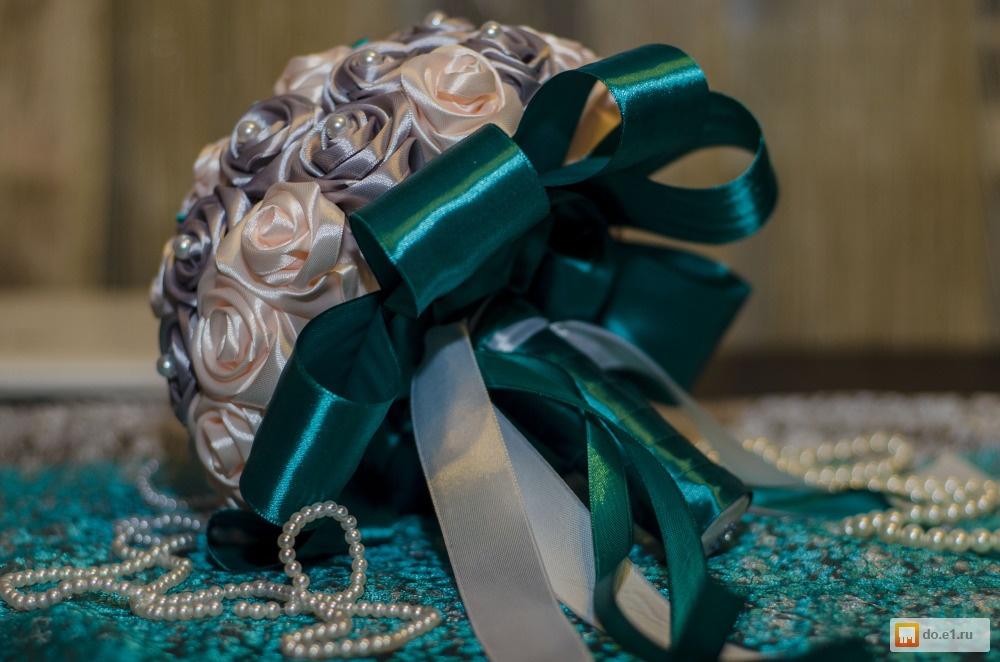 Букет, букет для гостей невесты из атласных лент фото