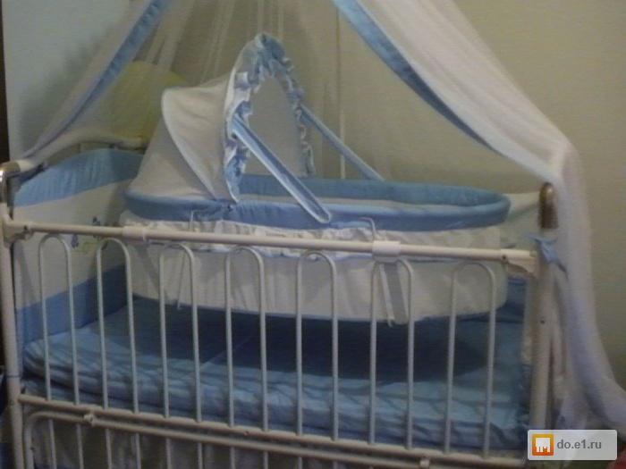 кроватка с люлькой внутри особенность